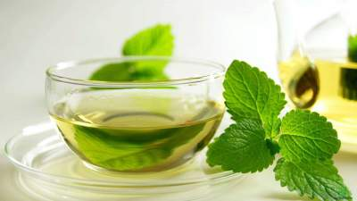 10 Reasons why peppermint tea is the best tea.